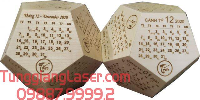 Cắt khắc laser lịch gỗ tạo nên sản phẩm độc đáo