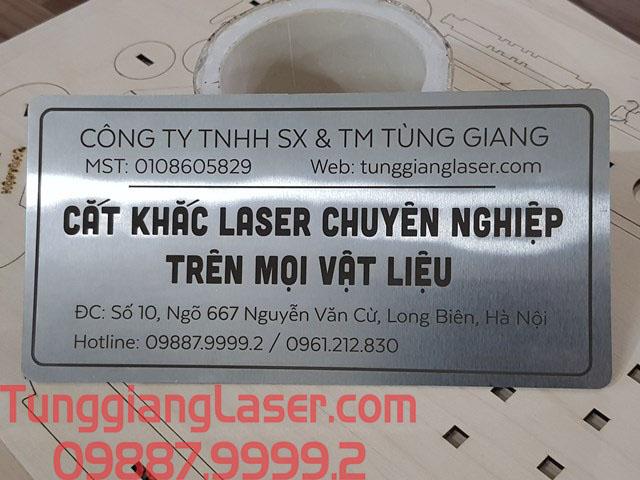 Khắc laser tem mác inox tùng giang