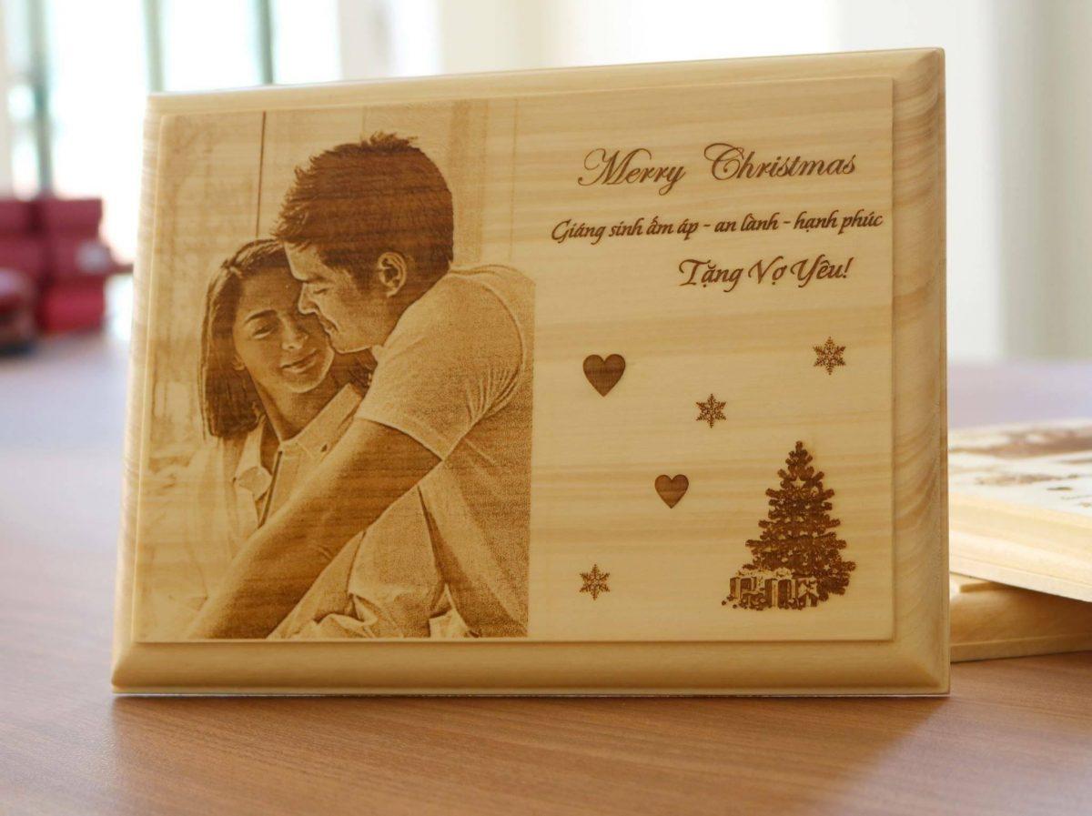 Ảnh gỗ khắc laser làm quà tặng tại hà nội
